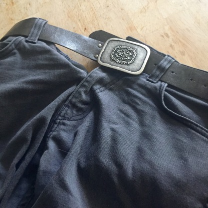 The perfect belt for my grey jeans!